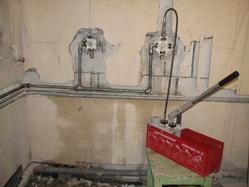 Бригада русских строителей www.remstroyproject.ru - Водоснабжение, опрессовка труб, разводка труб в квартире, капитальный ремонт,сантехника,фильтры