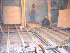 Устройство котлованов, фундаментов, бетонных подушек, монтаж стен, перегородок,